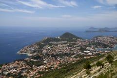 Ansicht über Dubrovnik von der Montierung lizenzfreies stockbild