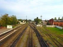 Ansicht über eine Bahnkreuzung Stockfotografie