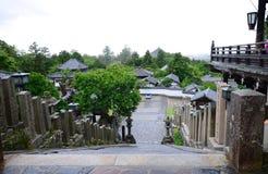 Ansicht über einen der Tempel in Nara, Japan Stockfotos