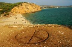 Ansicht über einen Strand in der Thassos Insel, Griechenland Stockbild