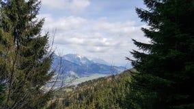 Ansicht über Ennstal-Tal von Hauser Kaibling lizenzfreie stockfotos