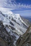 Ansicht über Felsen unter Aiguille du Midi Stockbilder