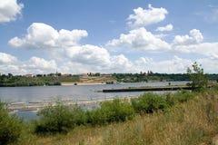 Ansicht über Fluss Lizenzfreie Stockfotos