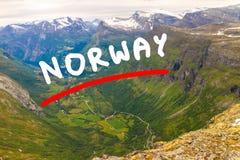 Ansicht über Geirangerfjord von Dalsnibba-Standpunkt in Norwegen Stockfotos