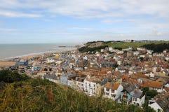 Ansicht über Hastings vom Osthügel Stockfotos