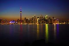 Ansicht über im Stadtzentrum gelegenes Toronto stockbild