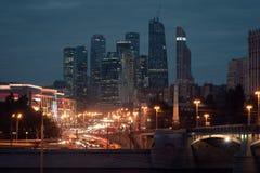 Ansicht über internationales Moskau-Stadt-Geschäftszentrum Lizenzfreie Stockbilder
