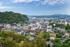 Ansicht über Kamakura-Stadt, Japan Stockfotos