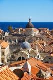 Ansicht über Kathedrale von Dubrovnik lizenzfreie stockbilder