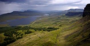 Ansicht über Loch Fada Stockfotografie