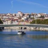 Ansicht über Lyon- und Saone-riverwith Boot Stockfotografie
