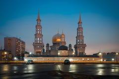 Ansicht über Moskau-Kathedralen-Moschee auf dem Sonnenuntergang Stockfotografie
