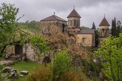 Ansicht über Motsameta-Kloster lizenzfreies stockbild