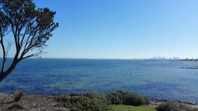 Ansicht über Ozean Lizenzfreie Stockfotografie