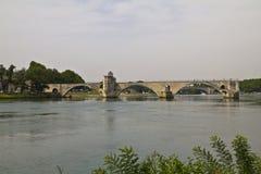 Ansicht über Pont DU Gard in Avignon lizenzfreie stockfotos