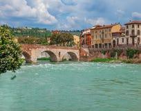 Ansicht über Ponte Pietra Stockbild