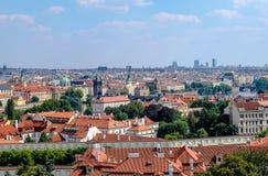Ansicht über Prag vom Wall-Garten - Prag Stockbilder