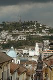 Ansicht über Quito-Stadt Stockbild
