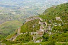 Ansicht über Ruinen von acrocorinth Stockbild