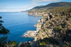 Ansicht über schöne Tasman Küstenlinie Lizenzfreie Stockbilder