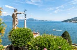 Ansicht über See Maggiore von der Insel Bella, ist eine der Borromean-Inseln, Italien Lizenzfreie Stockfotografie