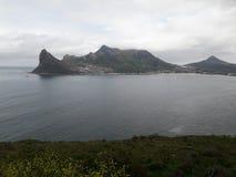 Ansicht über Stadt und Tabellen-Berg vom seaa versehen mit Seiten Stockfotos