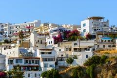 Ansicht über Stadt von Aghia Galini auf Kreta-Insel, Griechenland Stockbild