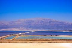 Ansicht über Totes Meer von einer Klippe im Bereich von Sodom-Straße Stockbild