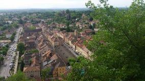 Ansicht über traditionelles mittelalterliches Dorf Cremieu Lizenzfreie Stockfotografie