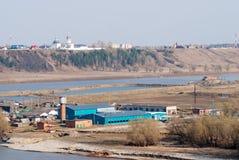 Ansicht Abalak Znamensky am Kloster und an der Fischanlage Stockfotografie
