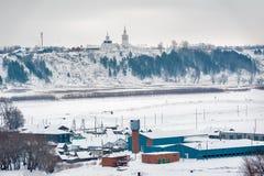Ansicht Abalak Znamensky am Kloster und an der Fischanlage Stockbild