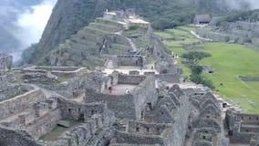Ansicht alten Inca Citys von Machu Picchu Der Inkastandort des 15. Jahrhunderts 'Verlor Stadt der Inkas' stock footage