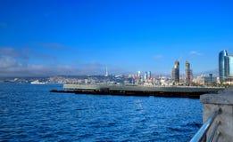 Ansicht BAKUS, Aserbaidschan von Baku Moon Lizenzfreie Stockbilder