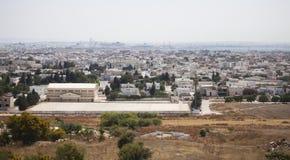 Ansicht über Karthago und La Goulette-Hafen mit den Kreuzschiffen gesehen für Lizenzfreie Stockbilder