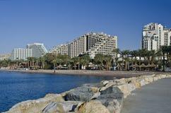 Ansicht über Rücksortierunghotels in der Eilat Stadt, Israel Lizenzfreie Stockfotos