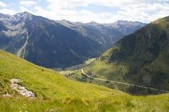 Ansicht in Berge Lizenzfreie Stockfotografie