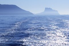 Ansicht Calpe-Ifach Peñon von Mittelmeer Stockfoto