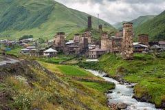 Ansicht an den Svanetian-Türmen stockfotografie