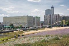 Ansicht der Allee Rozdzienskiego in Katowice, Polen Lizenzfreie Stockbilder