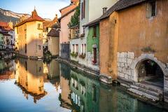 Ansicht der alten Stadt von Annecy frankreich Lizenzfreies Stockbild