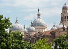 Ansicht der Basilika von Santa Giustina von Padua, Lizenzfreie Stockfotos