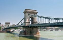 Ansicht der berühmten Hängebrücke in Budapest Lizenzfreie Stockfotografie