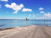 Ansicht der Brücke der Insel von Oleron, von Bourcefranc-Le-Chapus lizenzfreie stockfotografie