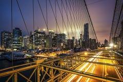 Ansicht der Brooklyn-Brücke bei Sonnenuntergang Lizenzfreies Stockfoto