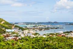Ansicht der Bucht auf St Martin vom Hügel Lizenzfreie Stockbilder