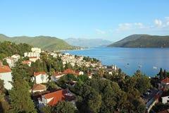 Ansicht der Bucht von Kotor und von Herceg Novi Lizenzfreie Stockfotografie