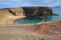 Ansicht an der Bucht von Papagayo-Strand, Playa de Papagayo, Lanzarote Stockfotos