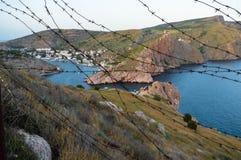 Ansicht der Festung von Cembalo von Balaklava-Kap Lizenzfreies Stockbild