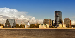 Ansicht der Gebäude des Geschäftskomplexes Stockfoto