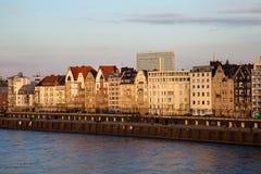 Ansicht der Gebäudefassaden von Dusseldorf Lizenzfreies Stockfoto